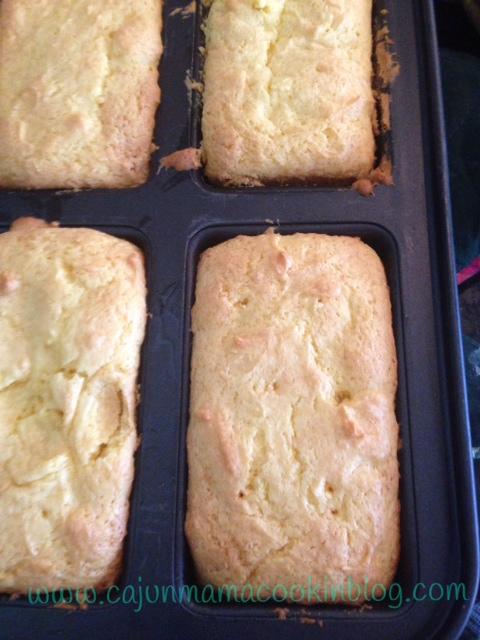 Luscious Lemon Loaf (2/4)
